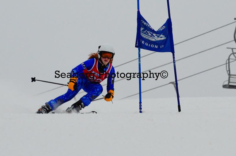 GS 1st race U16 Girls & Older 1st run-9569.jpg