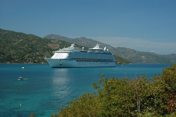 Voyager of the Seas 2004