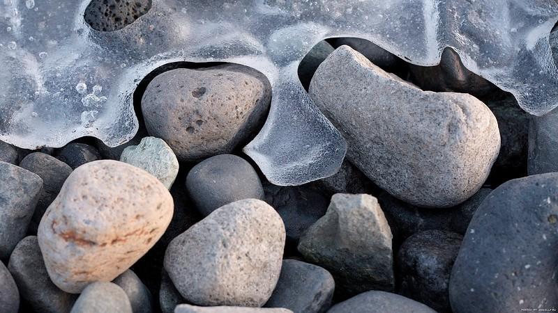 stones_1920x1080_03.jpg