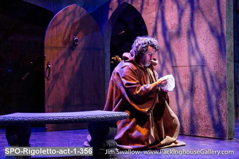 SPO-Rigoletto-act-1-356.jpg