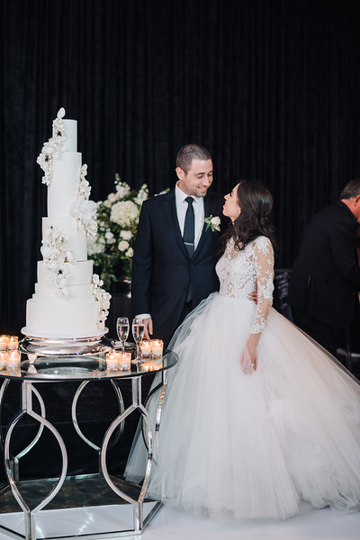 2018-10-20 Megan & Joshua Wedding-1013.jpg