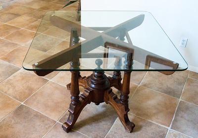 Teak Table w/Glass top W x D x H: 40' x 40' x 31'