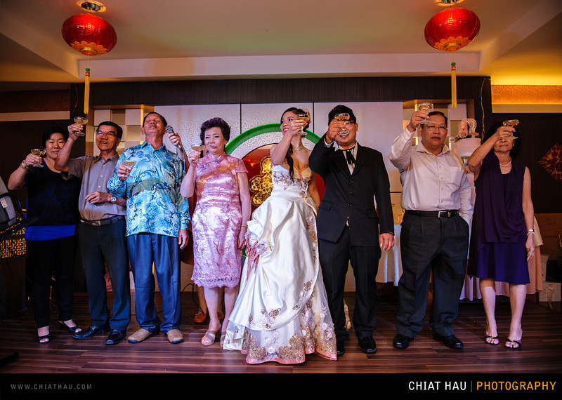 Chee Hou + Li Li - Actual Day Bride Dinner -_-114.jpg