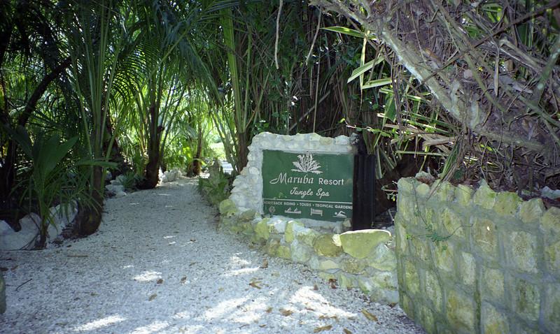 Belize 03-2003-033.jpg
