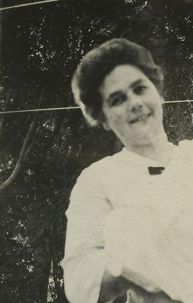 Bill  & Mother 1913123.jpg