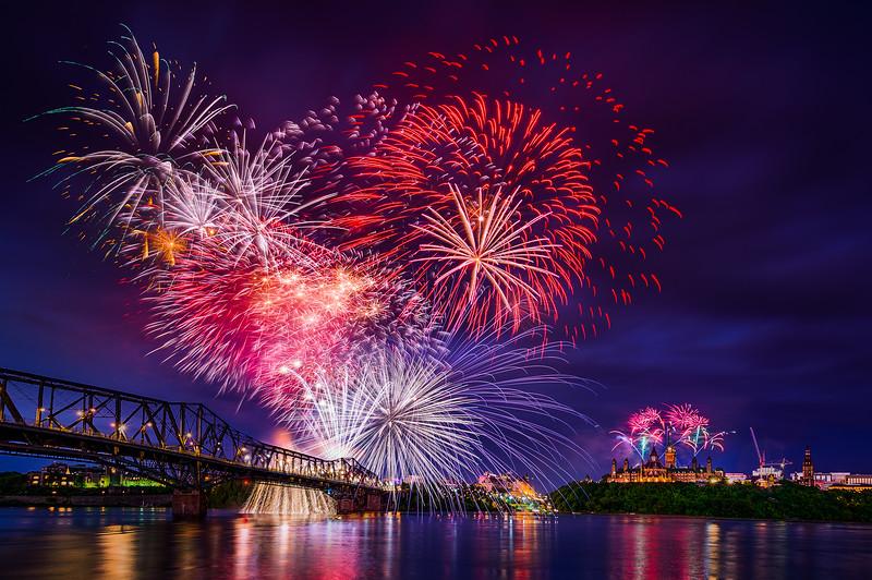 Ottawa_Firework2017.jpg