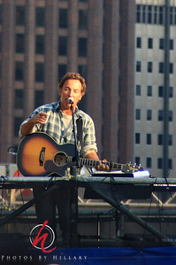 2008 Bruce Springsteen in Philly for OBAMA