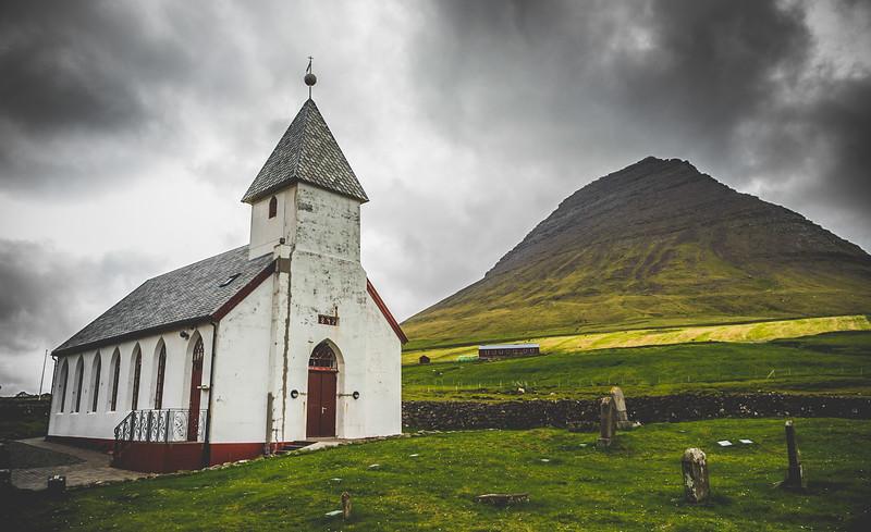 Viðareiði Kirkja