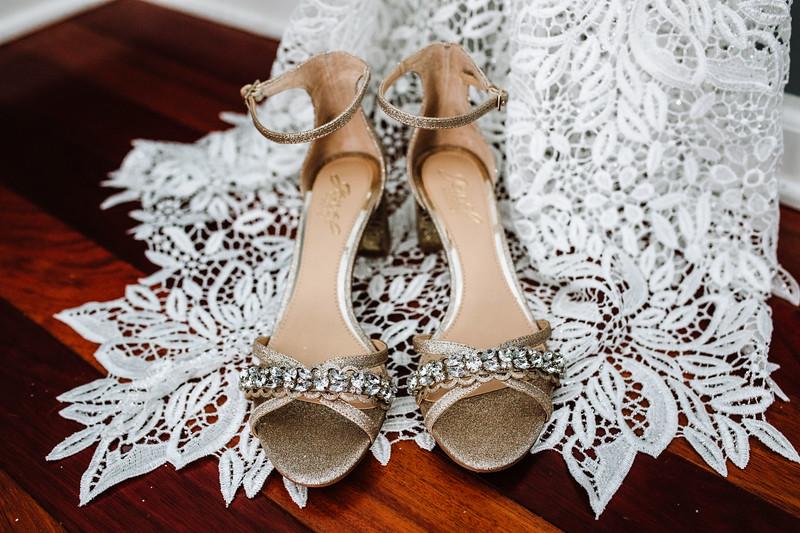 CAITLYN AND COLBY - BACKYARD WEDDING - 22.jpg