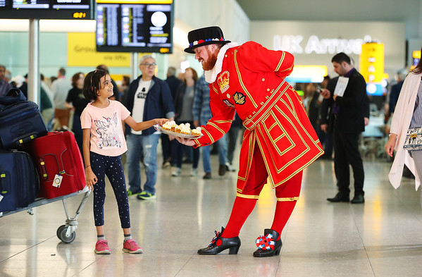11/5/18 Heathrow Cakes