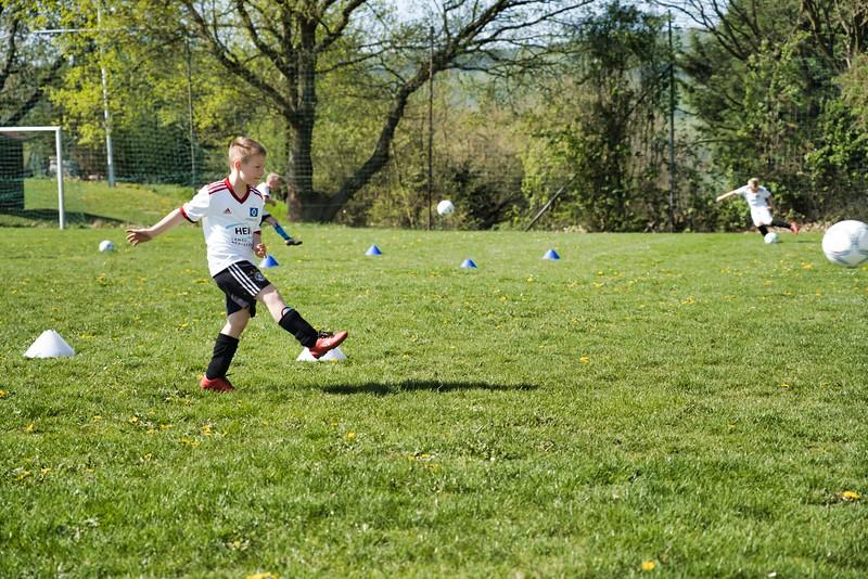 hsv-fussballschule---wochendendcamp-hannm-am-22-und-23042019-w-43_46814456305_o.jpg