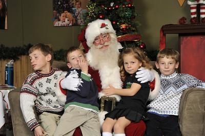 Santa Photos - Saturday Afternoon 3:15pm to 4:15pm