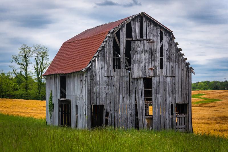 lookout-mtn-barn.jpg