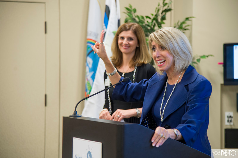 20160913 - NAWBO September Lunch and Learn by 106FOTO- 008.jpg