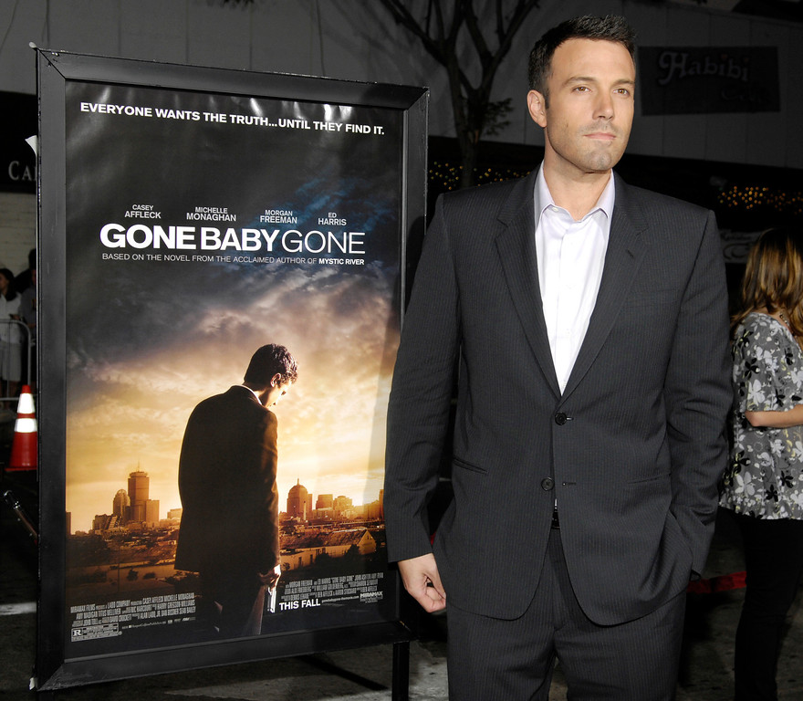 """. **  FILE  ** \""""Gone Baby Gone\"""" director Ben Affleck arrives at the Los Angeles premiere of the film, in this  Oct. 8, 2007 file photo. (AP Photo/Chris Pizzello,File)"""