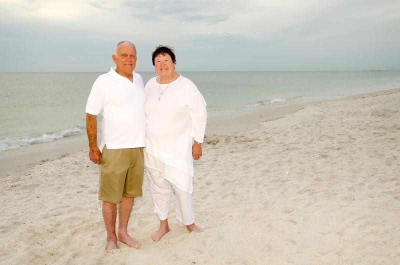 Mary Jo's Family Photos - Barefoot Beach, Fl 235.jpg