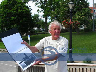 Tom Moes shares the history of Vermilion's Lighthouse and fishing history to lcoal school children, May 26 & 27, 2015