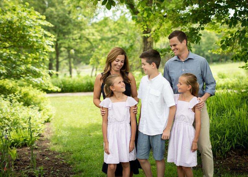 Beautiful Family (10 of 14).jpg