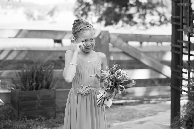 flower-girl-crying.jpg