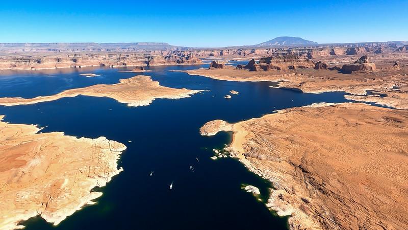 colorado-river-lake-powell-lighthawk-gopro8-card2-103.jpg