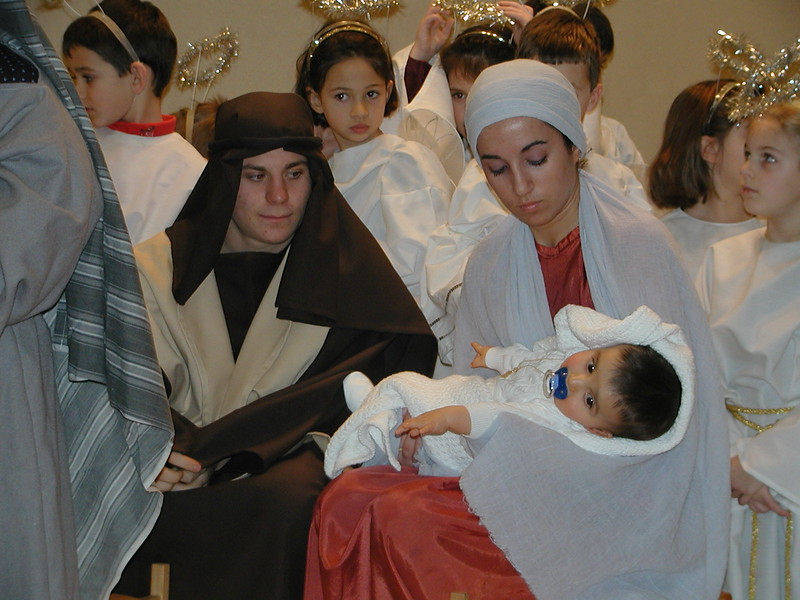 2002-12-21-HT-Christmas-Pageant_127.jpg