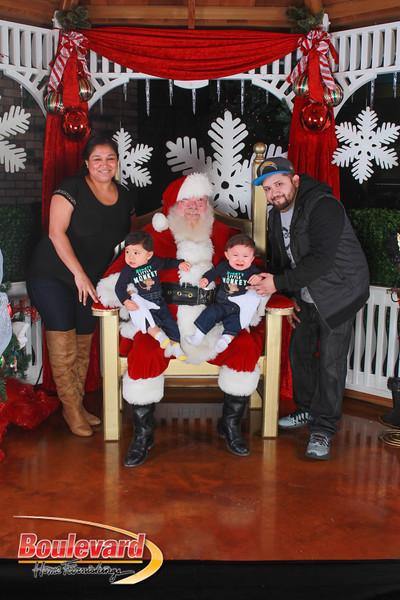 Santa 12-17-16-412.jpg