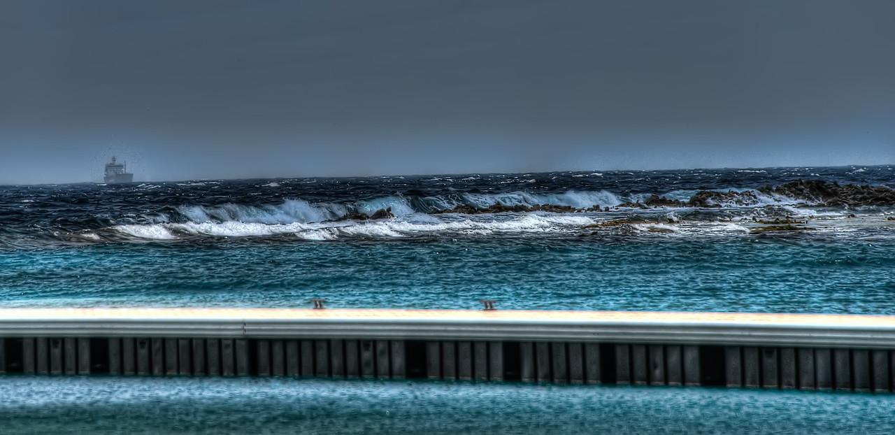 Curacao2013__HDRI_Mar012013_1060_1_2_3_4_tonemapped_Adobed-Edit-2