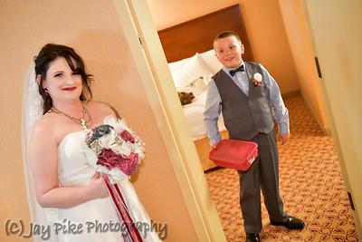 Pre-Ceremony - Hallway Photo Session