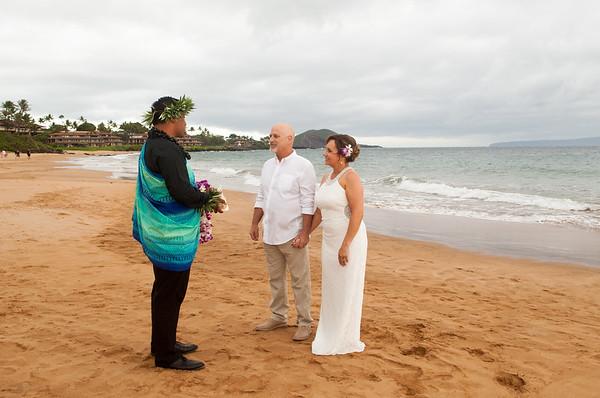 Gary & Diane Harner-Po'olenalena beach wedding