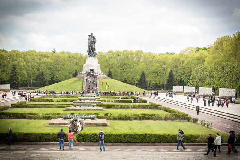 Soviet Memorial-9680.jpg