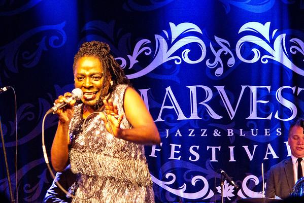 Sharon Jones & the Dap-Kings 2012