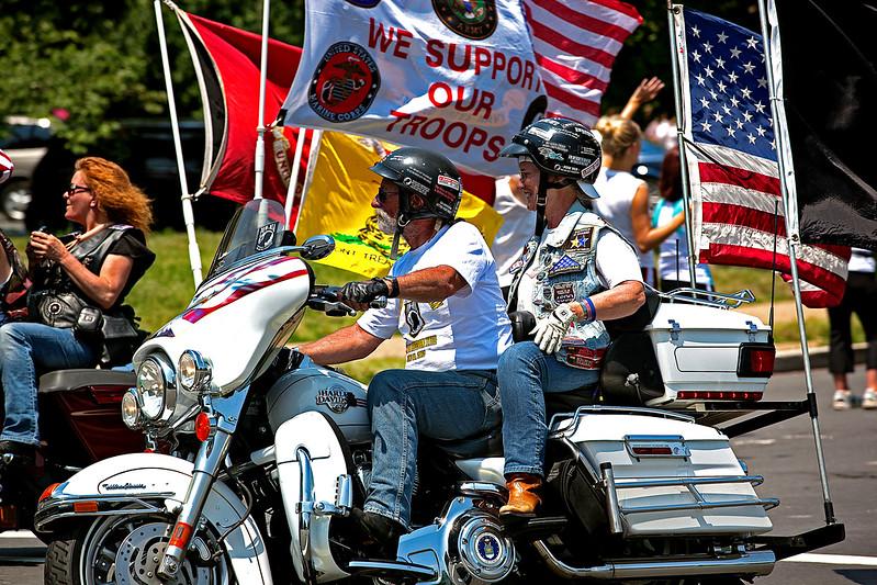 Harley Memorial Day Parade 1.jpg