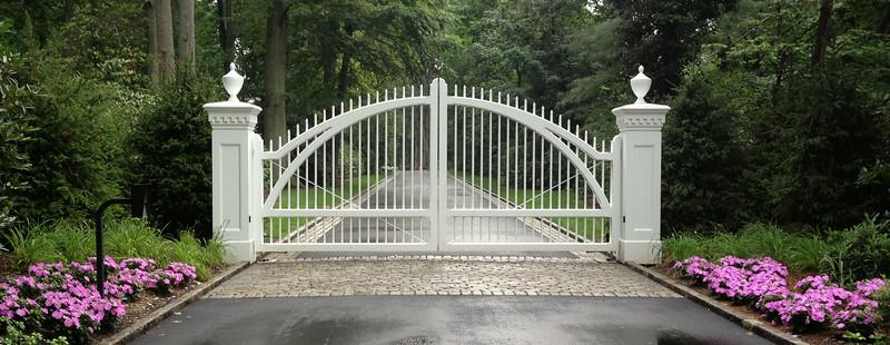 286 - Matinecock, NY - Gate