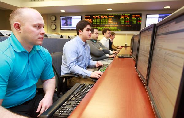 Finance Lab - Akin Photos