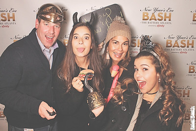 12-31-17 Atlanta The Battery Photo Booth - New Year's Eve Bash - Robot Booth