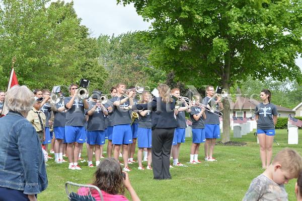 05-25-15 NEWS Memorial Day Parade & Service @ Riverside Cemetery