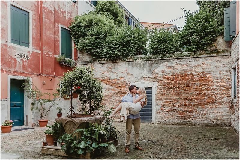 Fotografo Venezia - Elopement in Venice - Honeymoon in Venice - photographer in Venice - Venice honeymoon photographer - Venice photographer - Elopement Venice photographer - 6.jpg