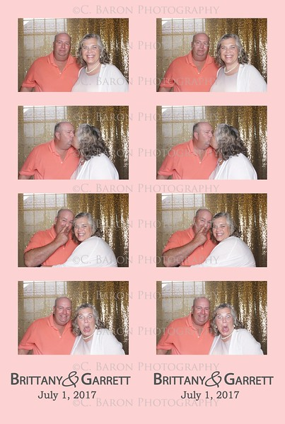 Brittany + Garrett = Swanky Photobooth
