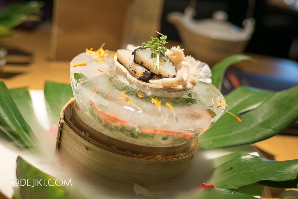 Resorts World Sentosa - RWS Invites membership dining promotion at Tung Lok Heen - Fresh Abalone, Hokkaido Scallop served with Yuzu Sesame Sauce and Yuzu Soya Sauce