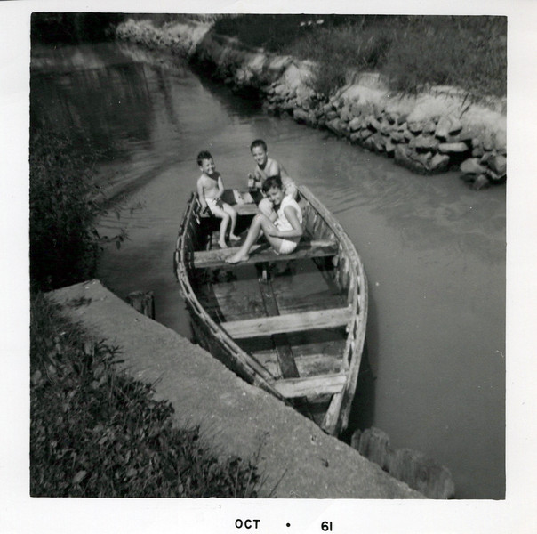 1960 Teri, Kris and Butch.jpeg