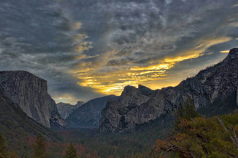 Tunnel View Morning Luminar Layers 12-12_DSC3482.jpg