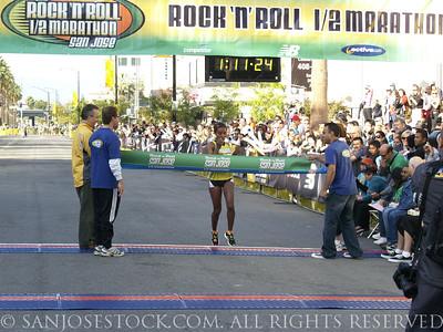 2009 San Jose Rock-n-Roll Half Marathon Finish