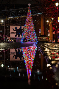Reflection of Christmas tree in Berlin.