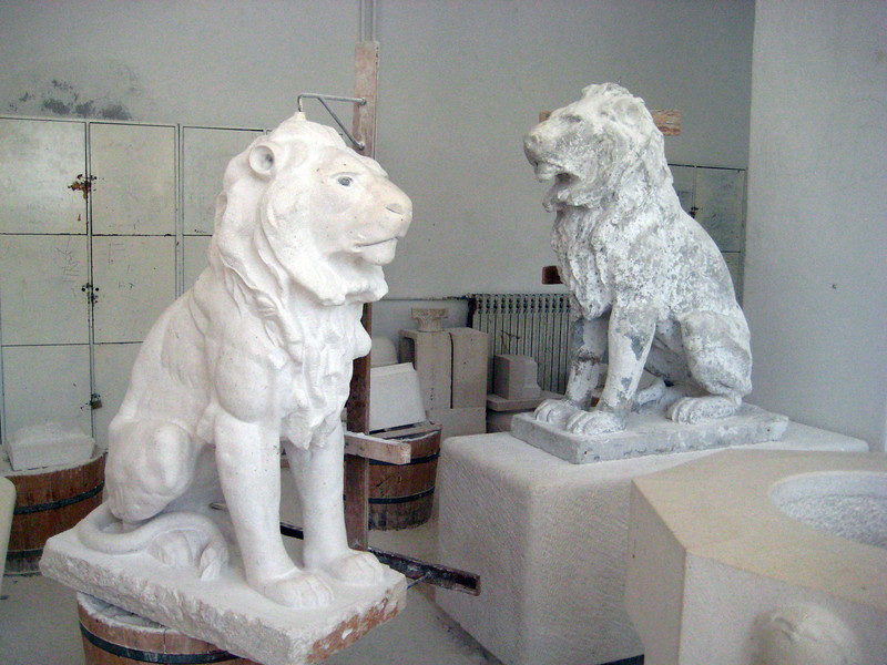 2011 0906 stone lions-Pucisca.jpg