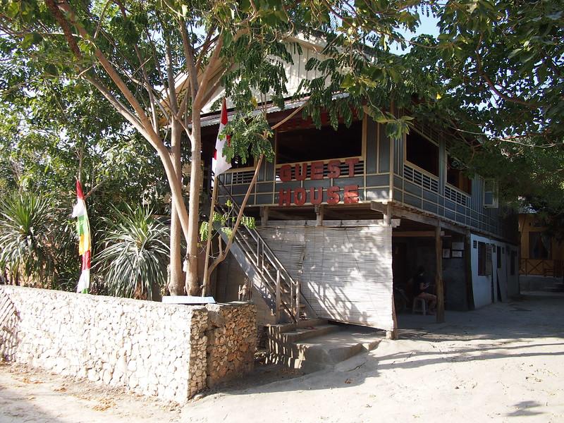 P9099090-riswan-guesthouse.JPG
