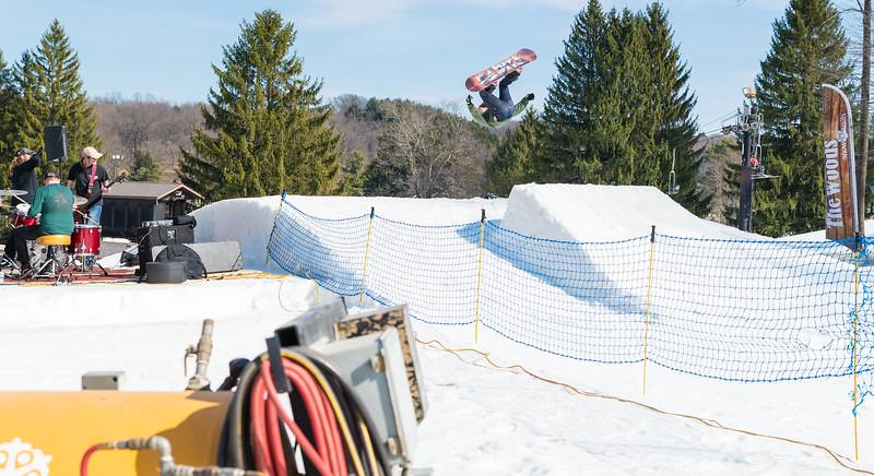 Backyard-BBQ-The-Woods-16-17_Snow-Trails-Mansfield-Ohio-1298.jpg