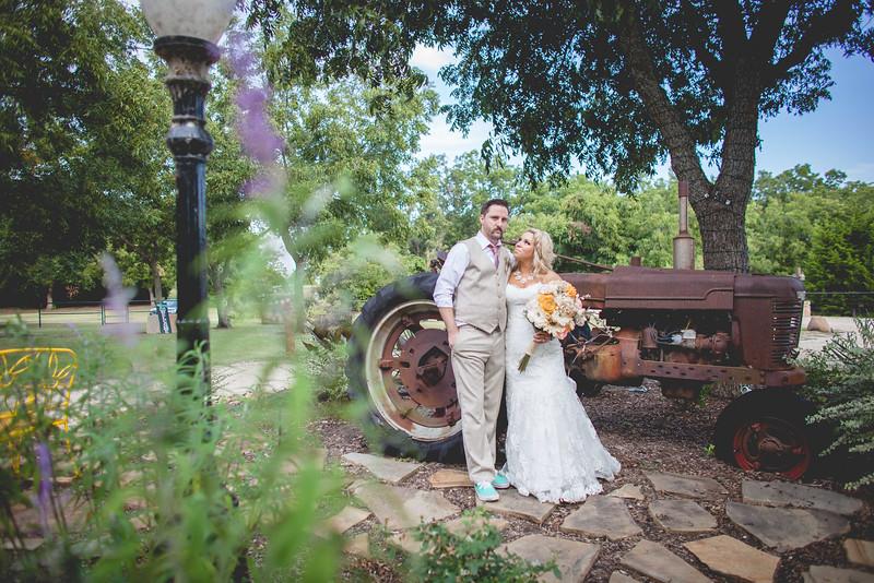 2014 09 14 Waddle Wedding - Bride and Groom-882.jpg