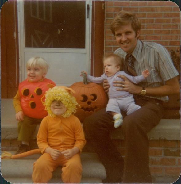 1977 Rescanned by Steve_00001A.jpg