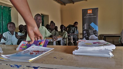 Distribution of school learning materials in Hassan Ibn Thabit school