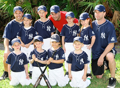 2010-04-25 - Dylan's baseball game (picture day)